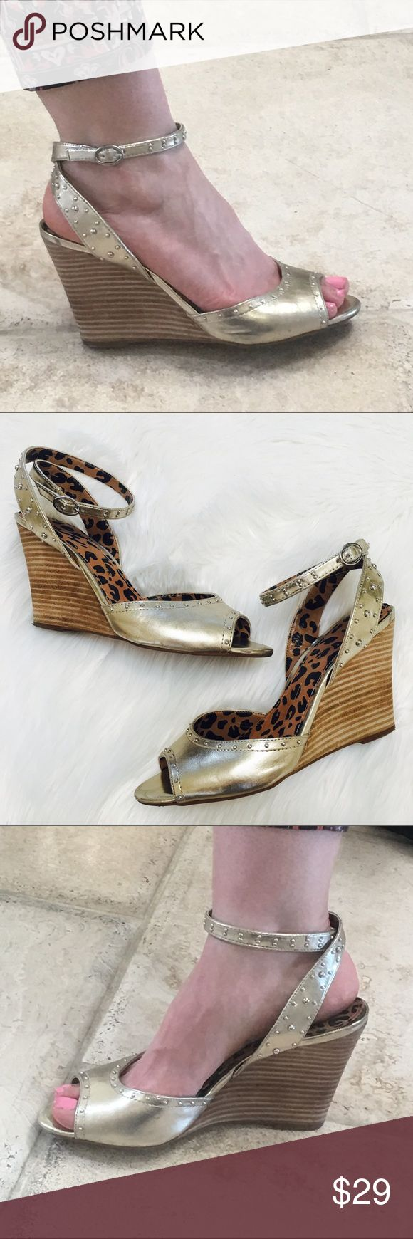 "Jessica Simpson 9 wedge sandal gold wedges heels Jessica Simpson wedge sandals size 9  ankle strap adjustable gold leather with studs accents  leopard lining heel height 4"" pre owned   20% on bundles of 4 💋 no trades Jessica Simpson Shoes Wedges"