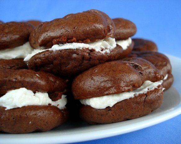 Make and share this Cream-Filled Chocolate Cookies (Like Oreo Cakesters) recipe from Food.com.