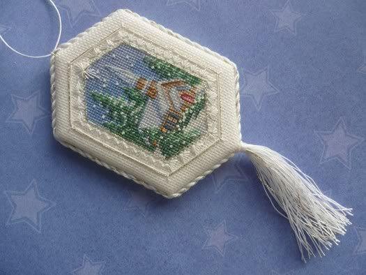 Padded Cross Stitch Ornaments Tutorial