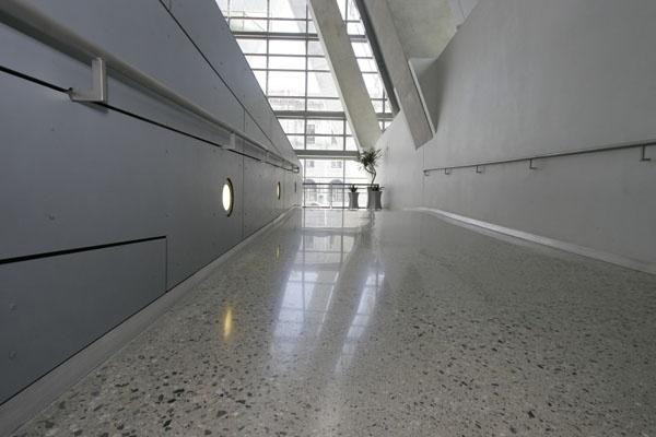Polished Concrete: High Gloss