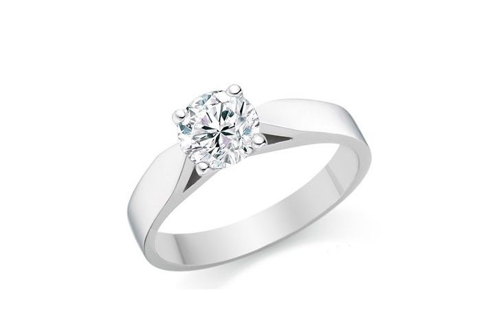 """Clara"" TRADITIONAL 4 CLAW DIAMOND SOLITAIRE RING Clara captures the beauty of a perfect round cut diamond, held within a substantial, beautifully crafted four claw setting above a band."