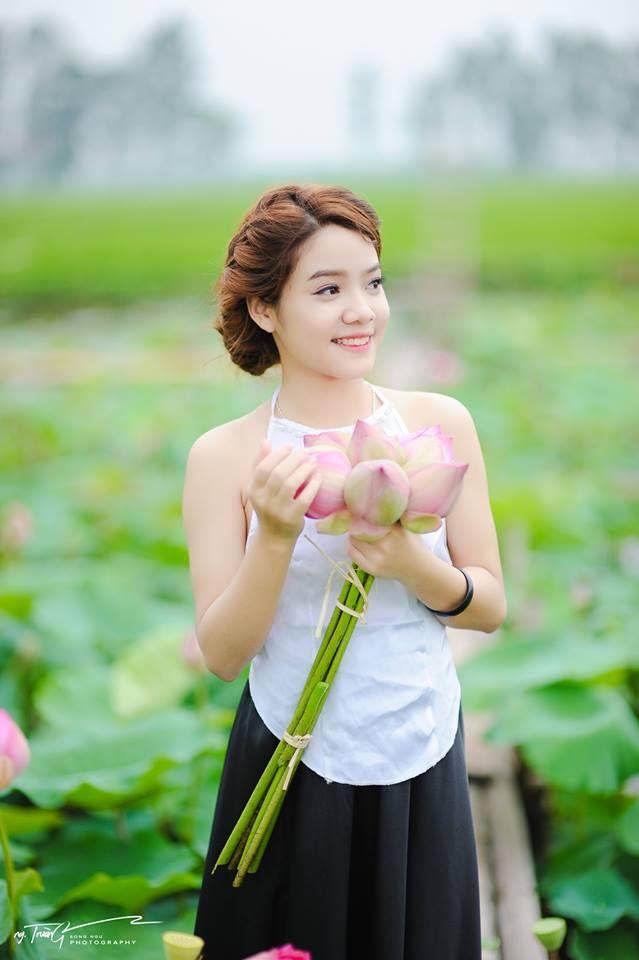 Light Violet Traditional Vietnam Ao Yem Tailor Made
