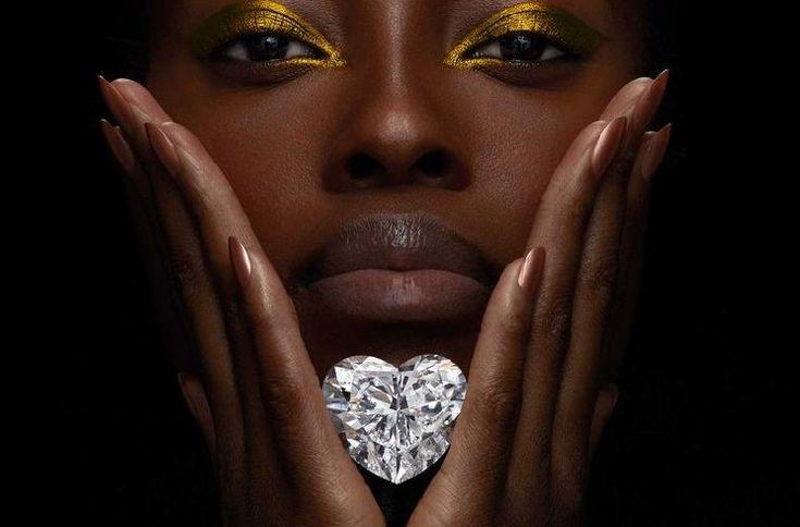 A pochi giorni da San Valentino come non parlare di Venus, il più grande e incantevole diamante a forma di cuore in onore della dea dell'amore.