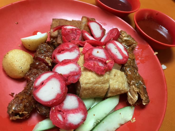 Food Guide: Maxwell Food Centre - HungryGoWhere Singapore