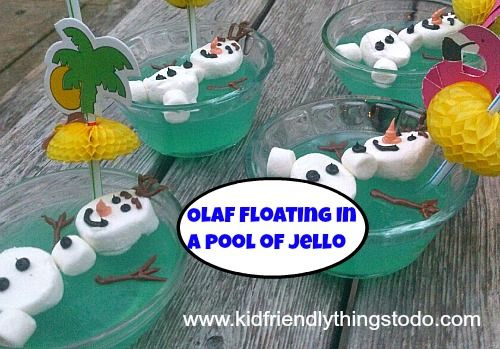 I finally have time to post this! Here's how I made this Marshmallow Olaf, and the blue jello! It's Olaf from the movie Frozen jello dessert!