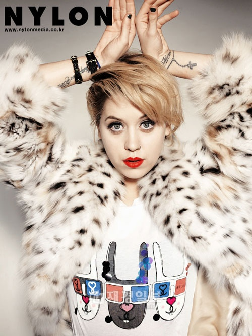 FAMOUS BRITISH FASHION ICON MODEL AND SOCIALITE PEACHES GELDOF HELD A PHOTO SHOOT WITH NYLON KOREA