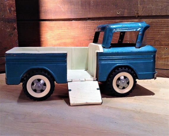 Structo Toy Truck Structo Corvair Rampside Pickup Truck Toy Etsy Toy Trucks Tonka Toys Truck Bed Liner