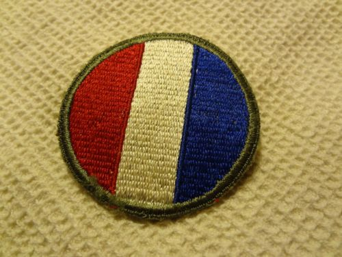 WWII VINTAGE MILITARY PATCH RED YELLOW BLUE