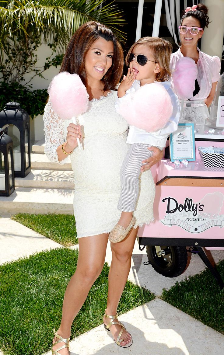 Google Image Result for http://www.usmagazine.com/uploads/assets/photo_galleries/regular_galleries/1685-inside-kourtney-kardashians-baby-shower/photos/1338311276_kourtney-kardashian-mason-disick-zoom.jpg