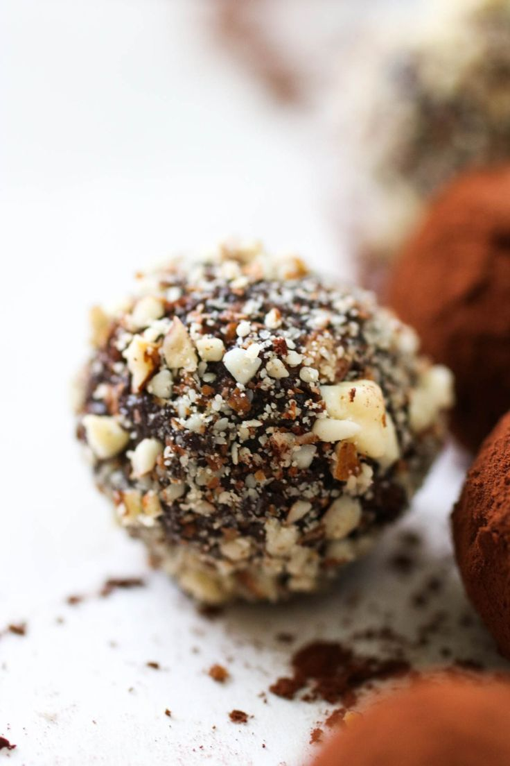 5 ingredient Chocolate Truffles