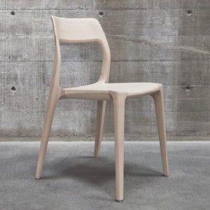 November chair  by Veryday