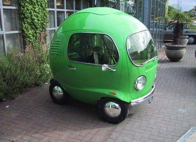 お豆みたいにまん丸可愛い車