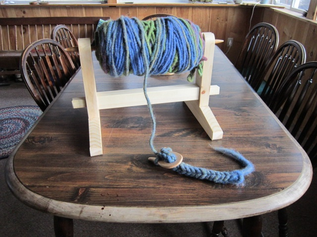 Bump Holder For Using Rug Yarn To Make A Lucet Cord Lucet Cords Crafts Tablet Weaving