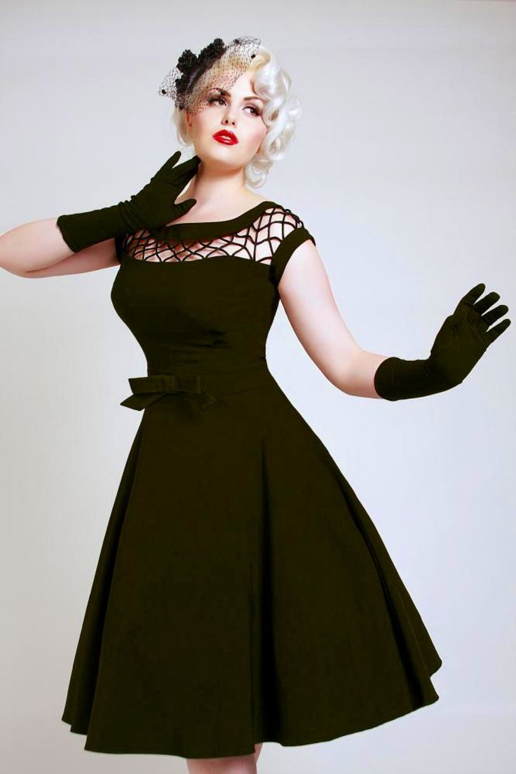 The 50s Alika Black circle dress from Tatyana by Bettie Page Clothing: the luxurious line! Step out in Retro style in this fantastic classy Vintage style Dress from the new 'Tatyana' line by Bettie Page!