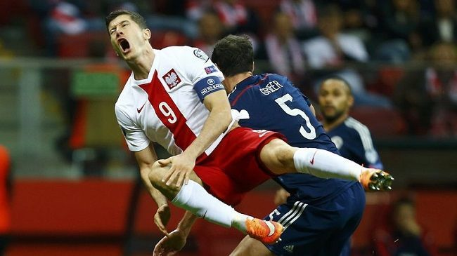 Eliminacje Mistrzostw Europy 2016 • Polska vs Szkocja • Brutalny faul Gordona Greera • Lewandowski faulowany przez Szkota • Zobacz >>