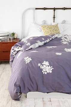 I like using different colored and even printed sheet sets, it makes it pop.