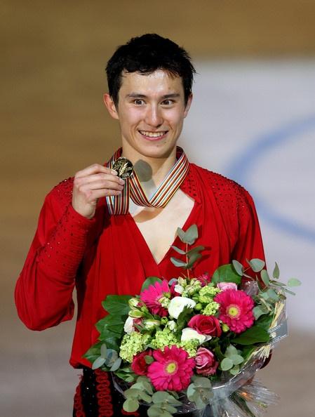 @Patrick Chan won gold at the 2012 ISU World Figure Skating Championships!