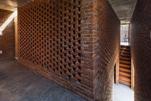 Termitary House,© Hiroyuki Oki