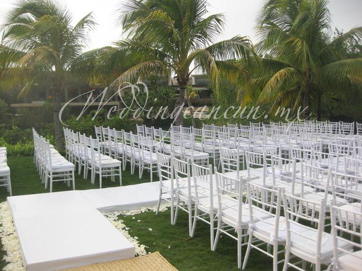 #white #aisle #decor #weddingcancun by #latinasia