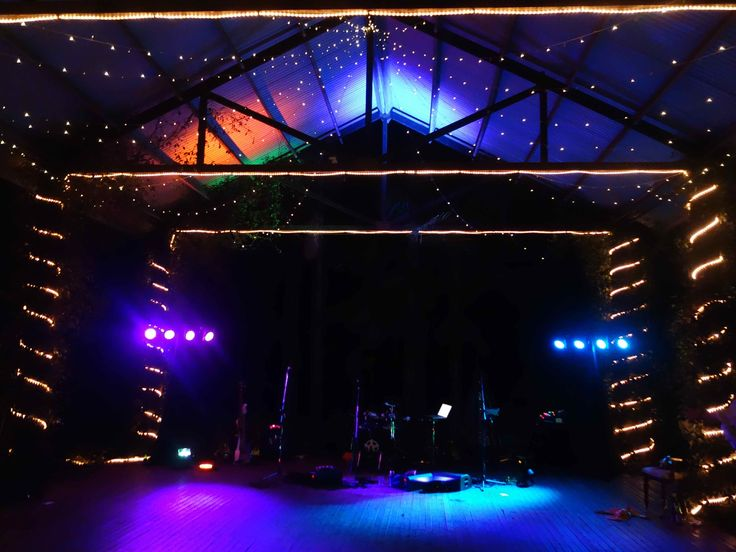 Atomic Pulse Band wedding reception venue setup at Cedar Creek Lodges in Gold Coast. To hire Atomic Pulse Band call: 07 3173 1855 or visit: www.BrisbaneCoverBands.com/atomic-pulse-band/