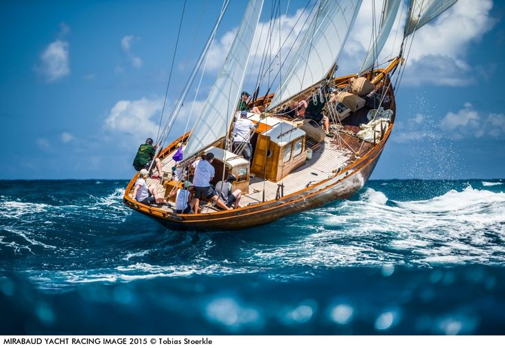 """Cruinneag III"" fighting the waves. Antiqua 2015 - photo by Tobias Stoerkle"