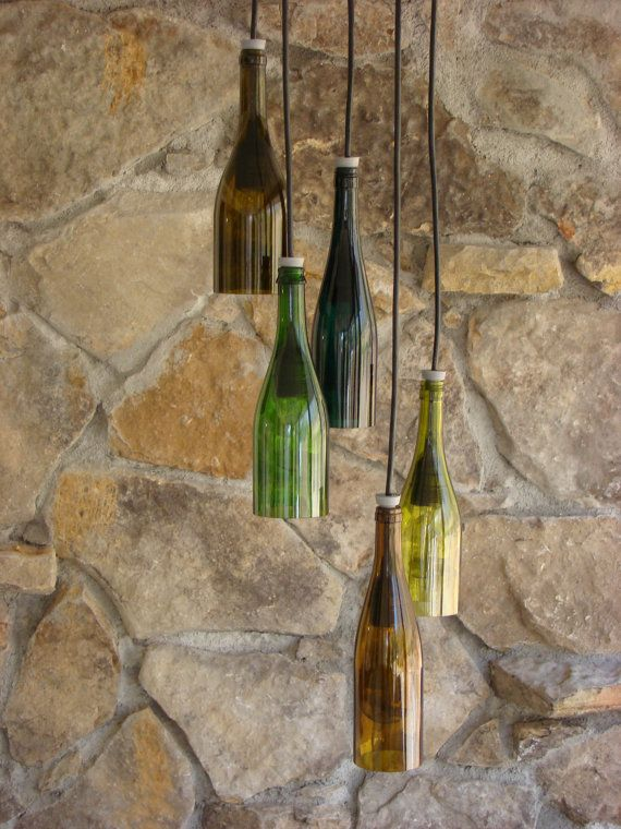 Luses hechas con botellas recicladas