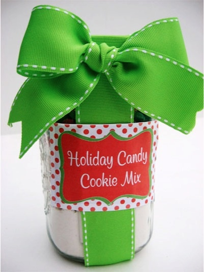 Gifts in a Jar Recipes + Homemade Gifts!  LOTS of gift ideas!