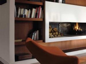 Cheminée contemporaine / Modern fireplace : http://www.maison-deco.com/salon/deco-salon/Les-cheminees-le-choix-de-la-modernite