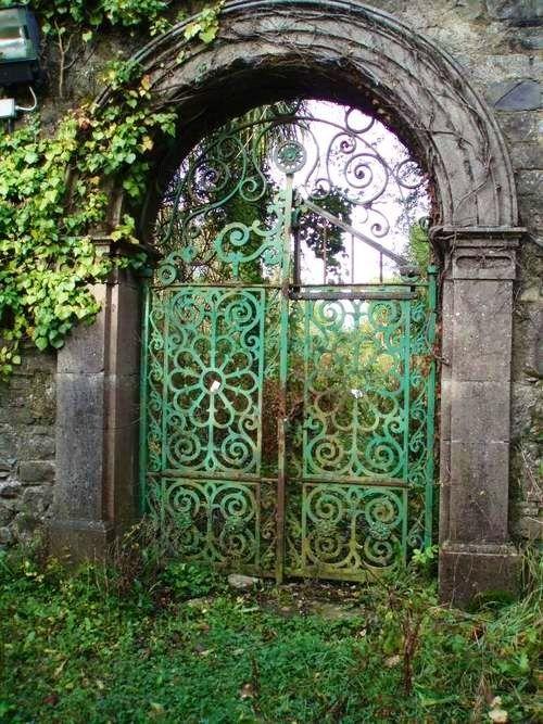 Green Patina Gate...lovely!500 x 66792KBmedia-cache-ak0.pinimg.com