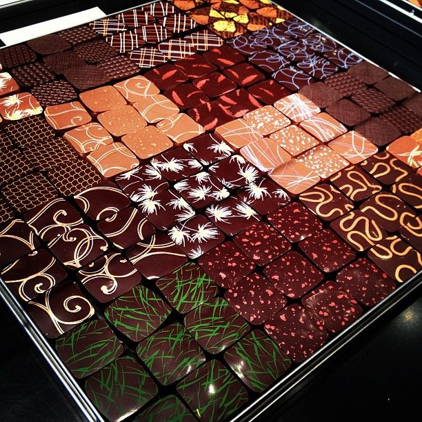 Chocolaterie Jacques Genin in Paris, Île-de-France BE SURE TO TRY: Perfectly flavored ganache or caramel bonbons http://jacquesgenin.fr/fr/