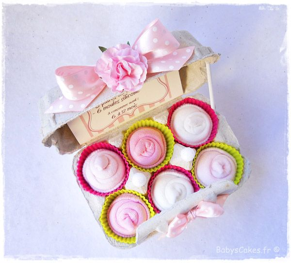 les 130 meilleures images du tableau cadeau de naissance babys cakes sur pinterest. Black Bedroom Furniture Sets. Home Design Ideas
