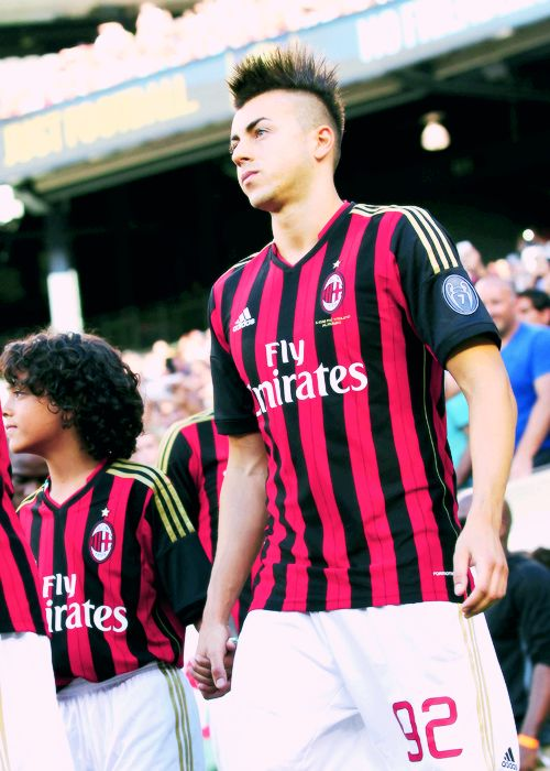 Stephan steps out onto the pitch via itsmenefia.tumblr.com #elshaarawy