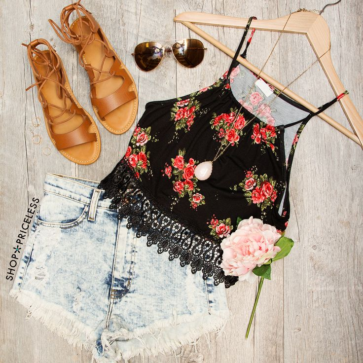 - Details - Size Guide - Model Stats - Contact Say it like you mean it! And we're saying you've gotta have this Sadie Floral Crop Top! Featuring a knit fabric with stretch in a pretty floral print. Sp