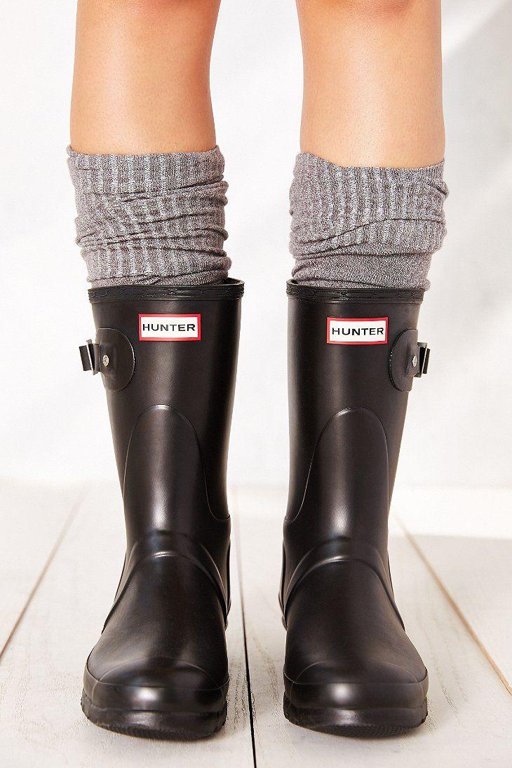 Hunter Original Short Rain Boot - Urban Outfitters - Black, Size 9