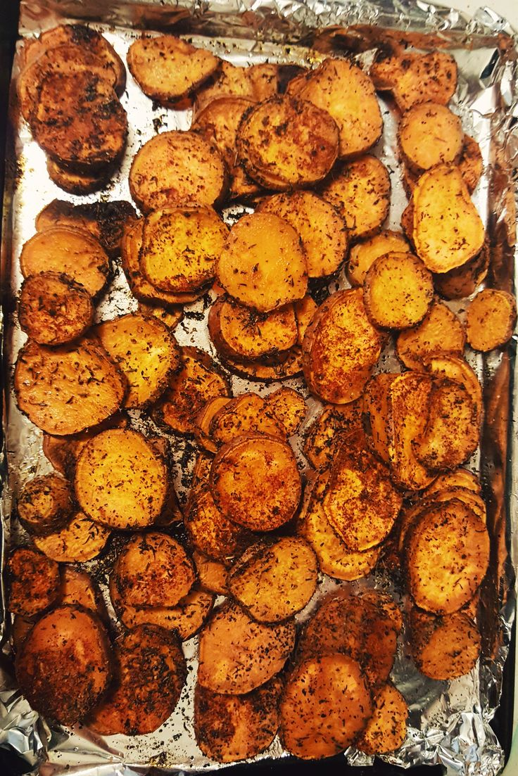 I love sweet potato's especially when they are made on the savory side! These sweet potato medallions are a great side to any meal they go with just about anything