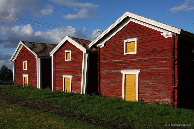Old storehouses in Nurmo