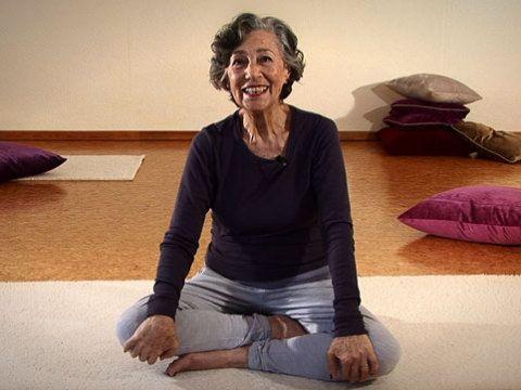 Wechseljahre: Mit Hormon-Yoga zu natürlicher Balance - BRIGITTE WOMAN