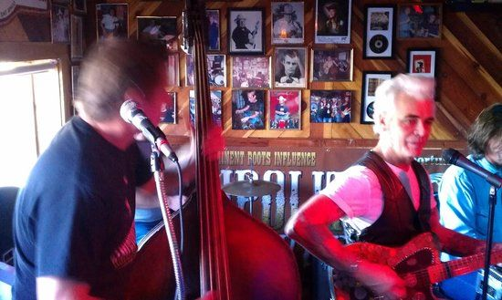 Ginny's Little Longhorn Saloon, Austin TX