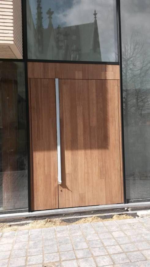 Afbeeldingsresultaat voor moderne houten voordeur