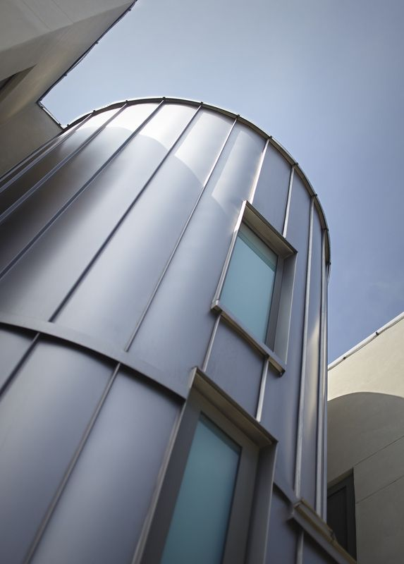 Photos of MetalTech-USA projects in the residential sector.