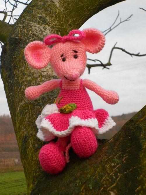 Háčkovaná myší tanečnice - hračky na zakázku