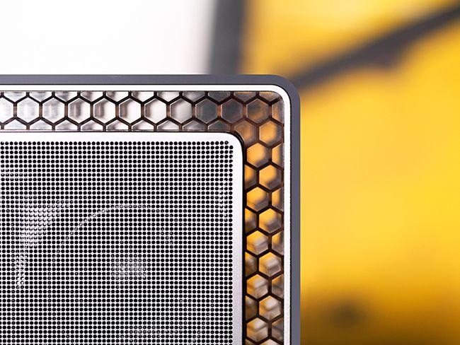 B&W Portable Bluetooth Speaker T7