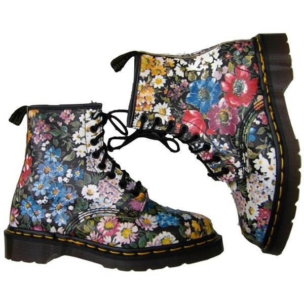 Dr Marten floral ❤ liked on Polyvore featuring shoes, boots, ankle booties, doc martens, floral-print boots, flower print boots, floral booties, floral print booties and floral boots