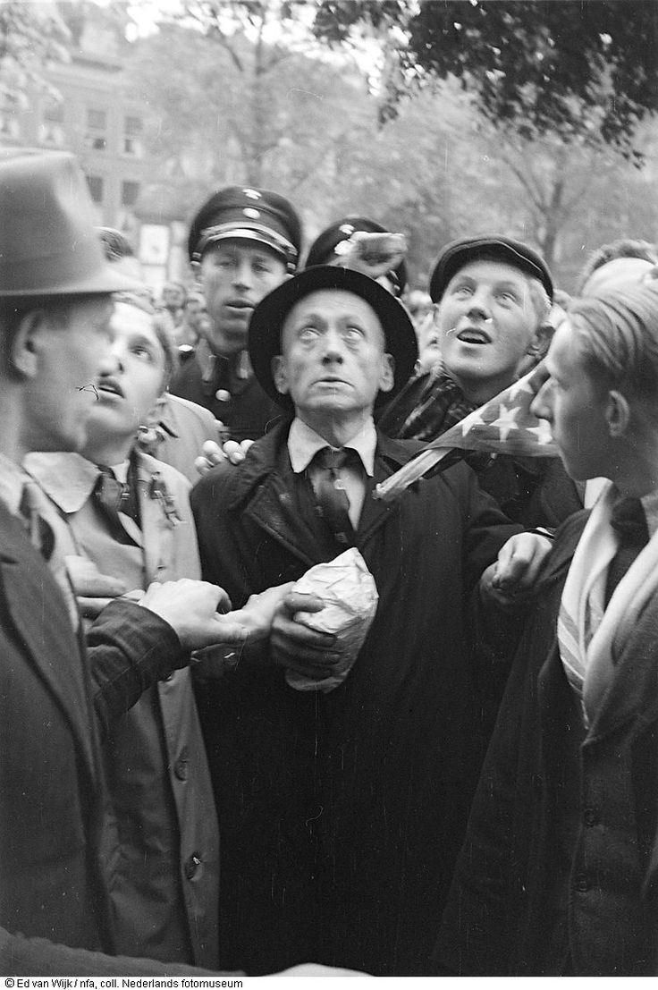 Arrest of Nazi-sympathizer in the center of The Hague. May 1945.