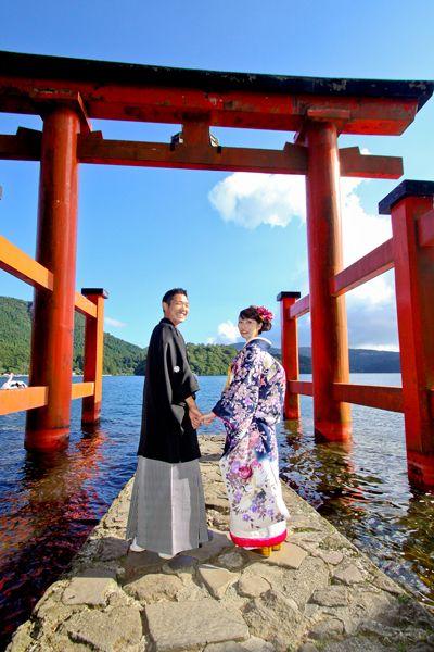 箱根神社での挙式は荘厳な雰囲気に包まれる♡国内リゾートでの結婚式一覧♡ウェディング・ブライダルの参考に!