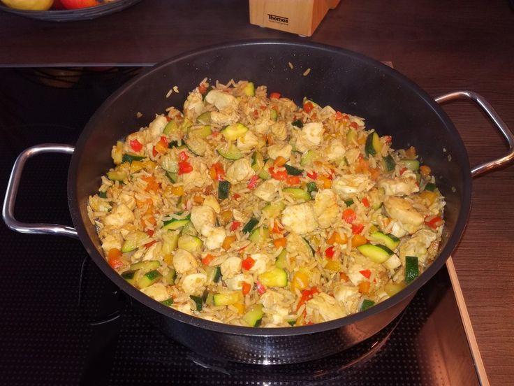 Reispfanne, ein schmackhaftes Rezept aus der Kategorie Geflügel. Bewertungen: 318. Durchschnitt: Ø 4,6.