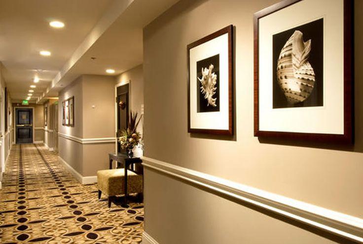 Hotel design by duncan miller ullmann dallas tx google for Hotel corridor decor