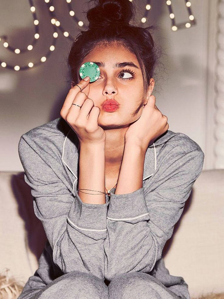 Taylor Hill.   For more well-curated images of top models see:   http://pinterest.com/captainkdog/some-favorite-models More Victoria's Secret models: http://pinterest.com/captainkdog/victorias-secret-models.  View full size (760x1013):  https://s-media-cache-ak0.pinimg.com/originals/1c/3d/0a/1c3d0aa4b5e1c032b1978c5fa6593922.jpg