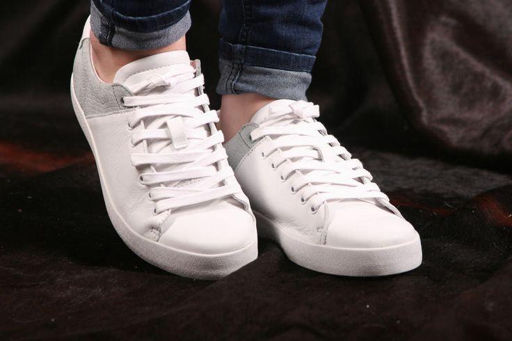 Blackstone Sneaker- flacher, sehr leichter Damensneaker- NL22 Limestone