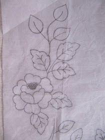 Bordados a pespunte a mano  Os muestro unas flores y ramos que estoy bordando a mano con pespunte. Esta técnica de bordado es sencilla y que...